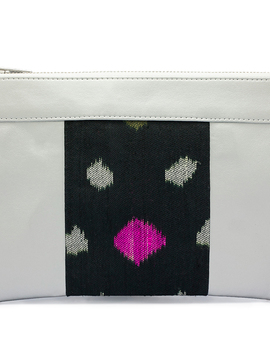 Pochette vegan argentée et noire Wonder Women of the World