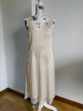 Authentique fond de robe vintage Damar DAMART